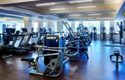 Сlothing Store + Fitness Center in New York, in Manhattan, for Sale, Lease Agreements end 2024-2025